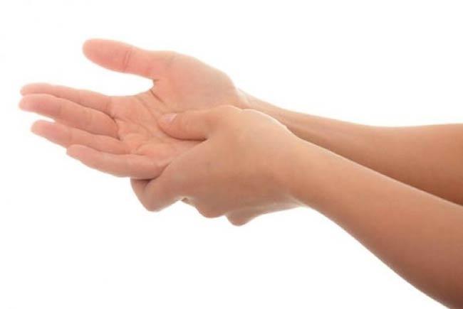 علت، علائم، تشخیص و درمان گزگز، بی حسی و خواب رفتن دست و پا