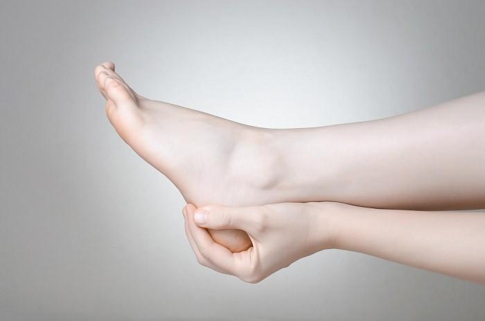 درمان قطعی خارپاشنه شدید برای رفع درد هنگام راه رفتن و ایستادن