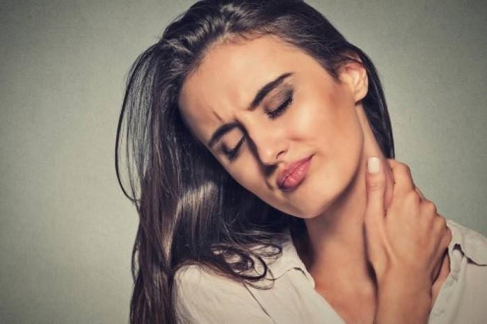 درمان اسپاسم (خشکی و گرفتگی) گردن ناشی از سانحه و ضعف عضله گردن