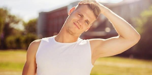 تمرین کشش عضلات گردن مناسب برای قوز گردن