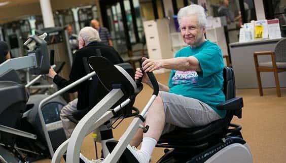 پیشگیری از پوکی استخوان در زنان با ورزش، تغذیه و تغییر سبک زندگی