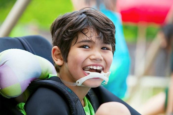 توانبخشی فلج مغزی (سی پی همی پلژی و دی پلژی) در کودکان و بزرگسالان